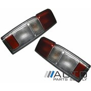 Nissan Navara LH + RH Tail Lights Lamps D22 1999-2001 Style Side Ute Models *New*
