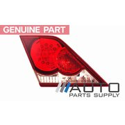 2006-2009 Toyota GSV40 Aurion LH Rear Tail Light Bootlid Garnish Spotivo *Genuine*