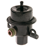 Fuel Pressure Regulator Nissan Pintara 2ltr CA20E R31 Sedan 1986-1988